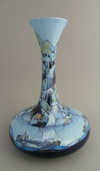 <FONT><FONT COLOR=cyan>MODERN MOORCROFT PAGE 5</FONT>. RIVERTRAFFICVASE
